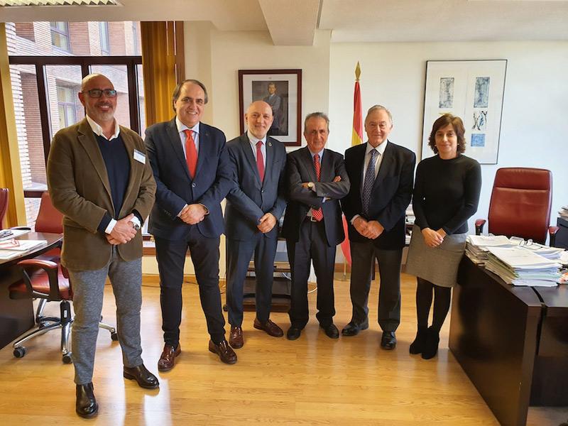 El presidente del la OCV se reunió con el Director General de Ordenación Profesional del Ministerio de Sanidad para tratar el conflicto de la fisioterapia